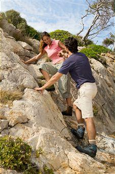 climbing-rocky-cliff