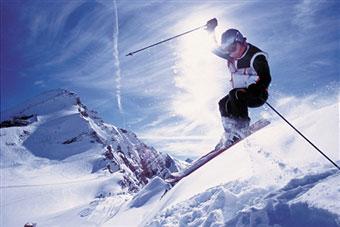 Ski Safety Tips: 5 Ways to Stay Safe on the Slopes